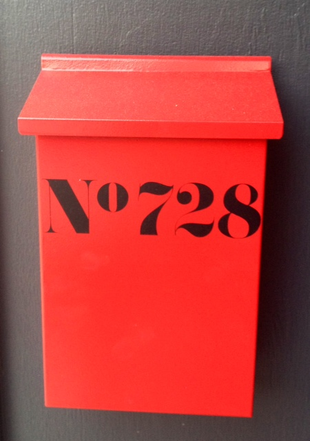 Can I Paint A Logo On My Mailbox