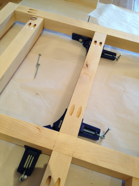 Corner clamps in action holding everything in place