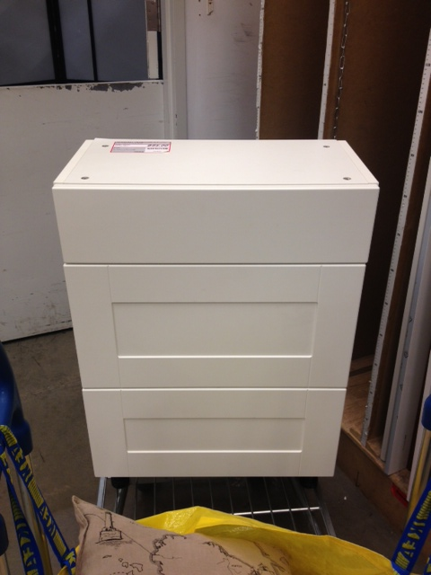 Why hello there sad little drawer unit without a kitchen to call home