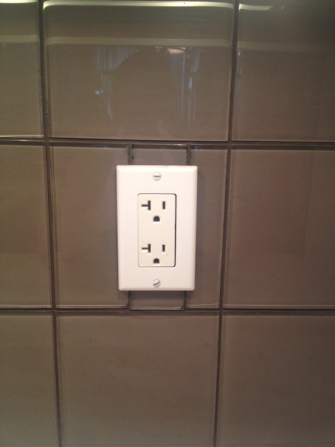 Tile around outlet tile design ideas for How to install backsplash around outlets