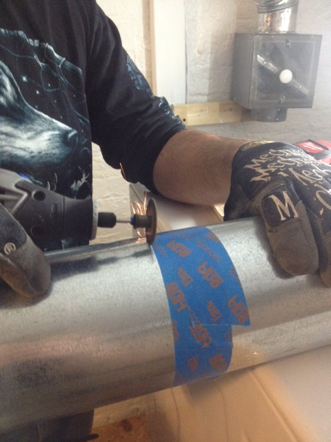 El Granto cutting the dryer vent