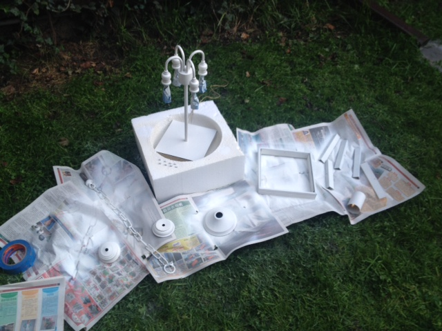 Priming the lantern parts