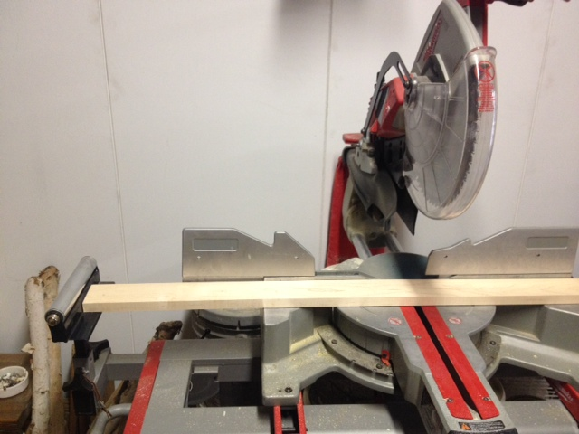 Cutting wood to length using a stop block