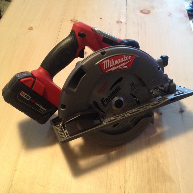 "Milwaukee M18 Fuel 7 1/4"" Cordless Circular Saw"