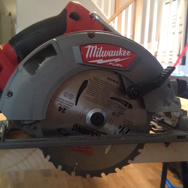 Tool test drive milwaukee 7 14 cordless circular saw milwaukee m18 fuel 7 14 cordless circular saw greentooth Image collections